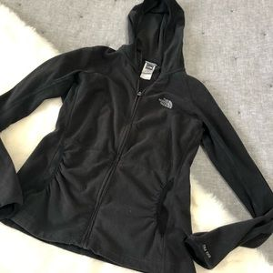 The north face TKA 100 baselayer zip fleece jacket